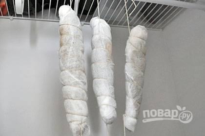 5. Поместите мясо в сухом, часто проветриваемом помещении на 7-10 дней.