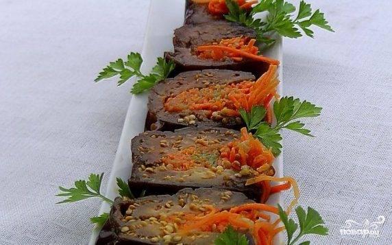 Квашеные баклажаны с морковкой и чесноком