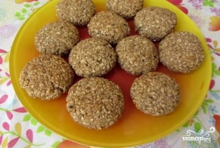 И выпекаем печенья в разогретой до 180 градусов духовке минут 15-20. Дайте им немного остыть, а потом снимайте пробу :)