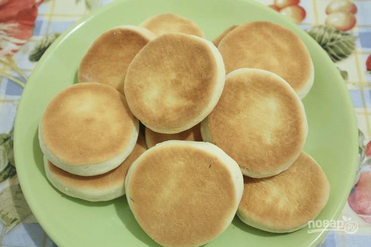 Запекайте печенье при 180 градусах в духовке в течение 15 минут. Приятного чаепития!