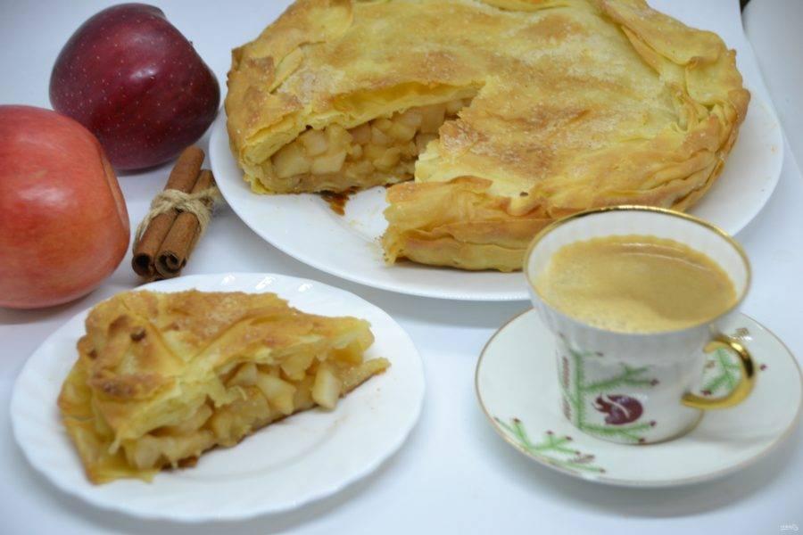 """Пирог просто наслаждение. От души рекомендую приготовить яблочный пирог """"Вуаль невесты""""."""