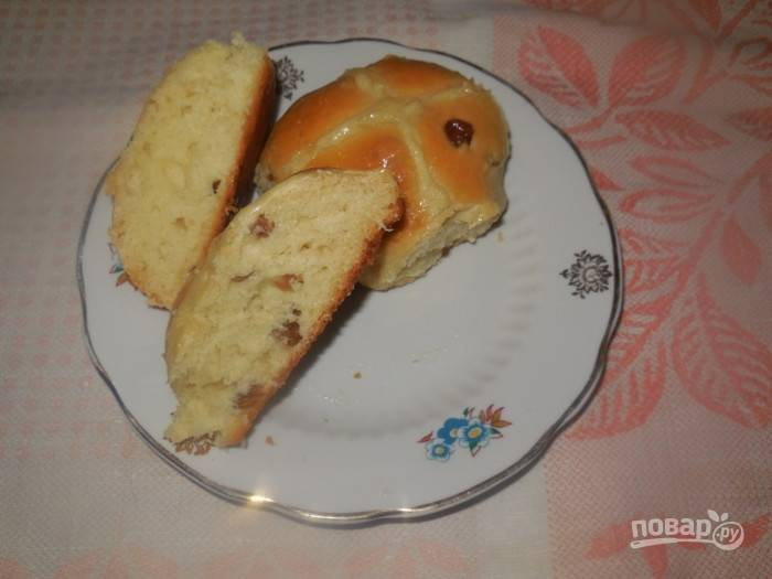 Нежные булочки с изюмом