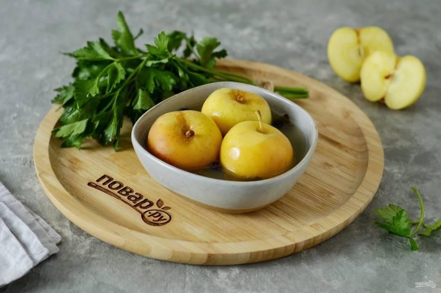 Моченые яблоки с горчицей готовы, приятного аппетита!