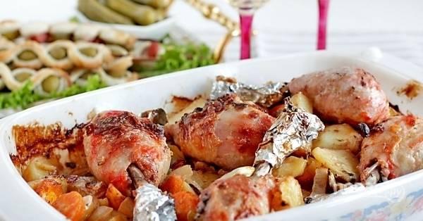 Запекайте блюдо при 200 градусах в течение 45 минут. Приятного аппетита!