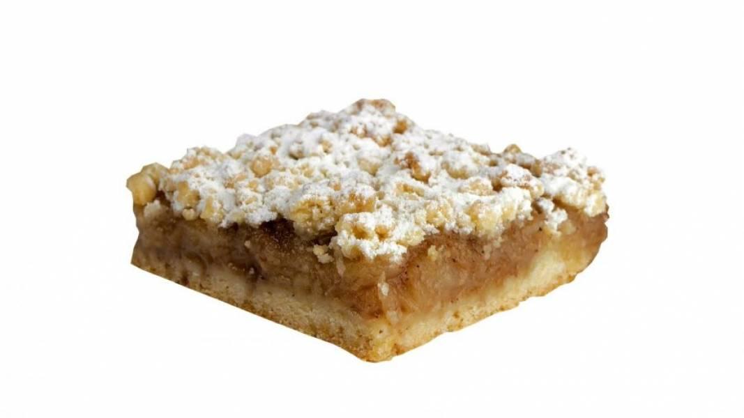 5. Остывший пирог посыпьте сахарной пудрой. Приятного аппетита!