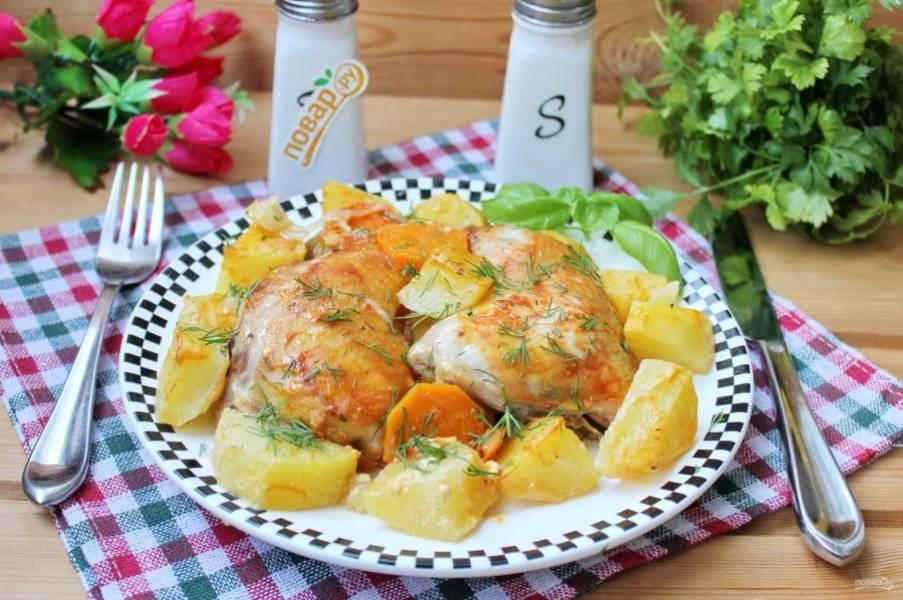 Картошка с курицей по-деревенски готова. Приятного аппетита!