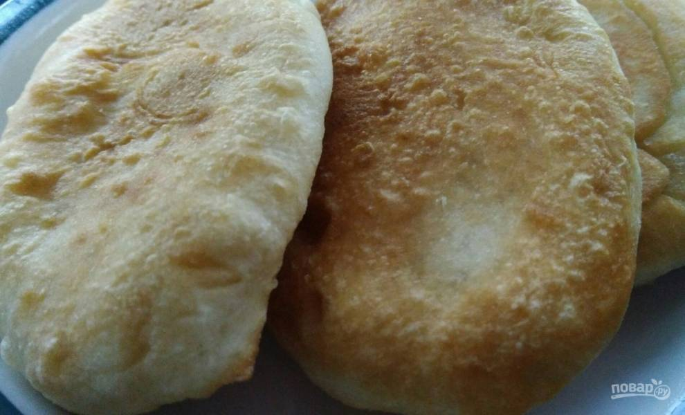 Жареные пирожки (простой рецепт на сыворотке)