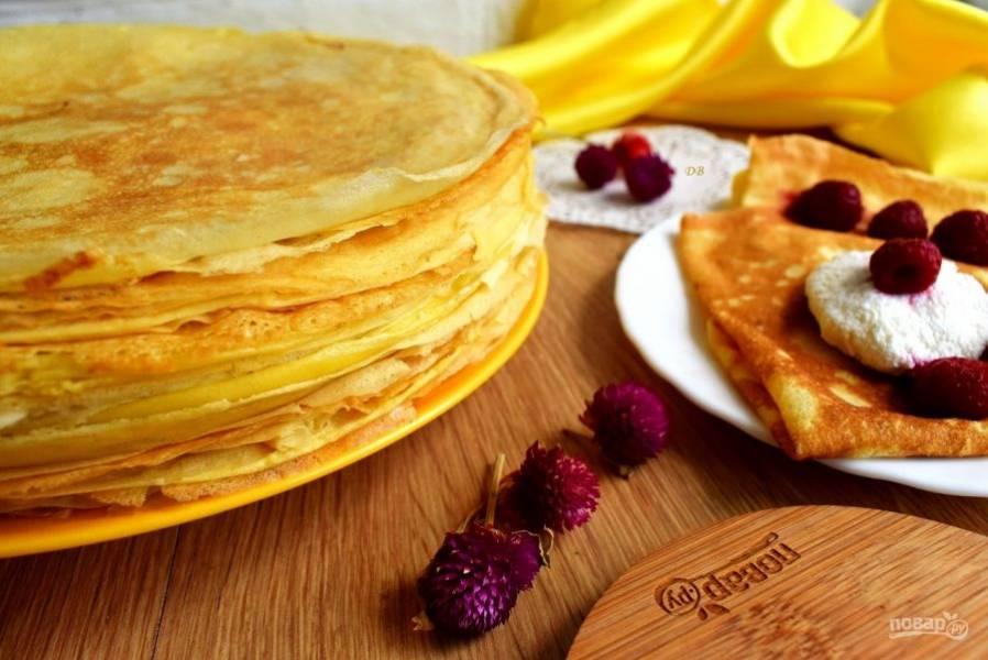 Подаем с любимыми ягодами, вареньем, медом или сметаной. Приятного аппетита!