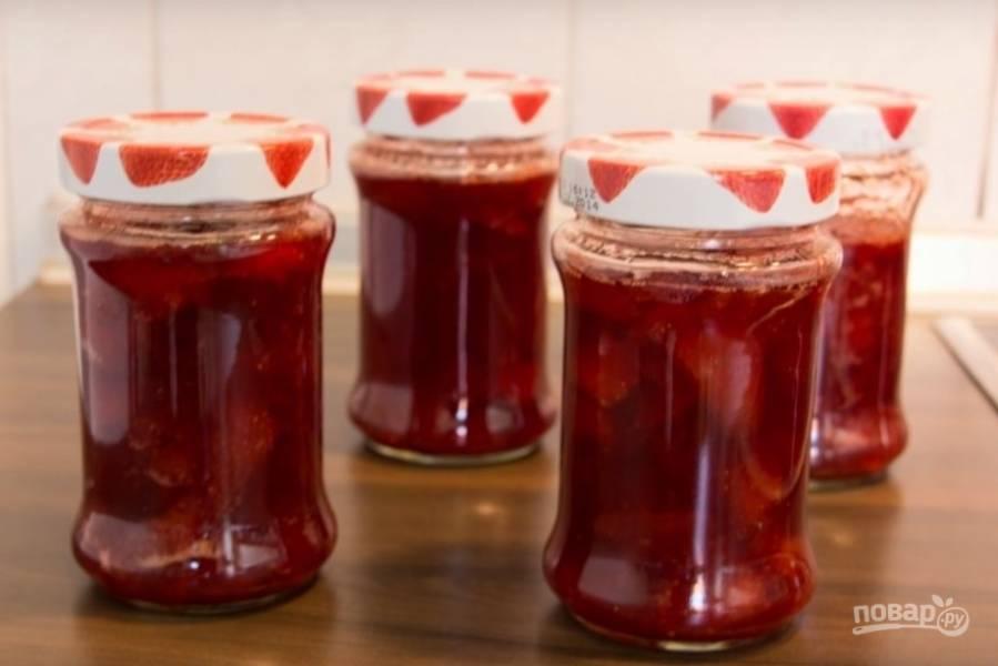 Клубничное варенье (целыми ягодами)