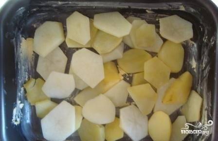 10.Слоями выкладываем картошку.