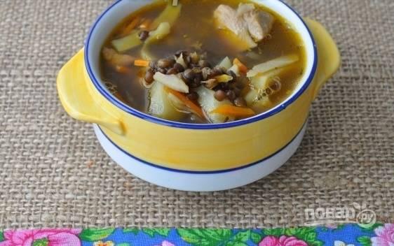 Суп из черной чечевицы с индейкой