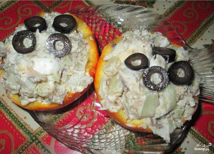 Салат в апельсиновых корзиночках