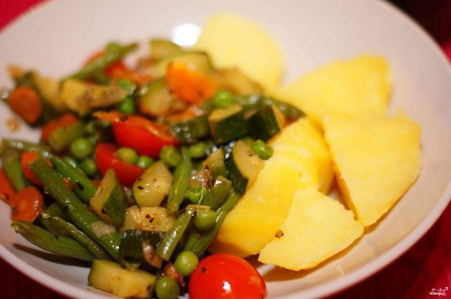 Овощи, жареные на сковороде