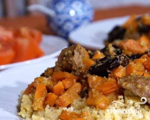 4.На гарнир к этому блюду очень хорошо подойдет белый рис или кус-кус. Блюдо готово.