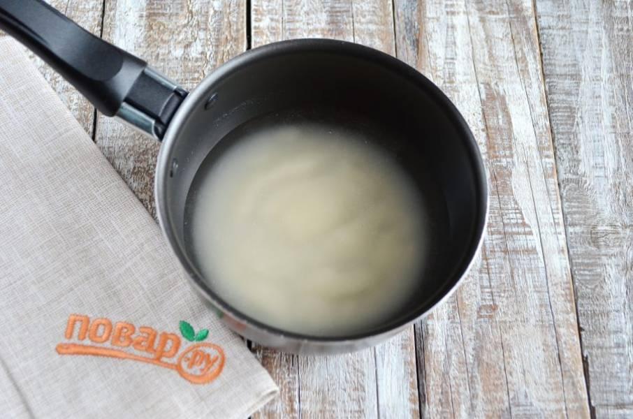 3. Пока яблочки в духовке, залейте агар-агар водой и оставьте.