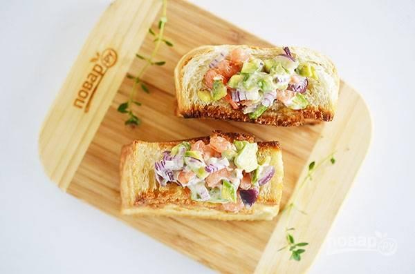 Кармашки из хлеба с креветками