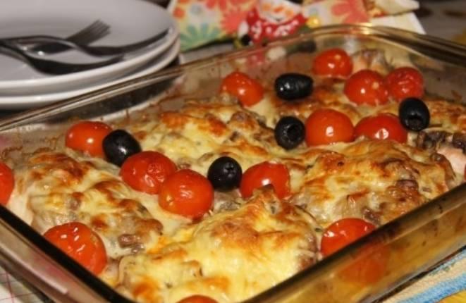 Также можно добавить маслины.