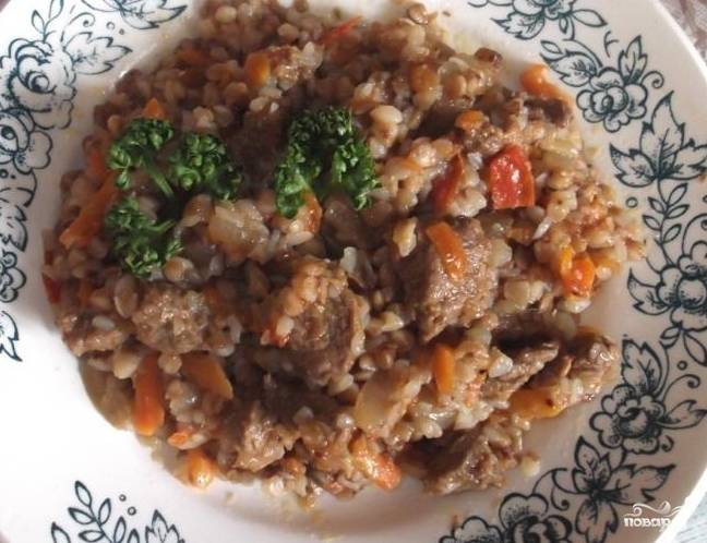 6. Варите до готовности. Вот и все. Выложите на тарелку и украсьте зеленью. Кушайте на здоровье.