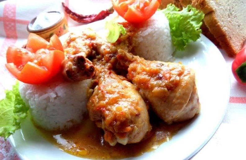 Курица в сметанно-чесночном соусе в мультиварке