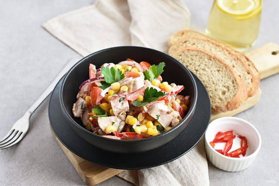 Подавайте сразу же, не дожидаясь, пока салат стечет! Приятного аппетита!