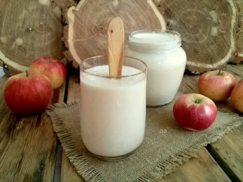 1 стакан готового продукта используйте для закваски следующей партии. Остудите — и приятного аппетита!