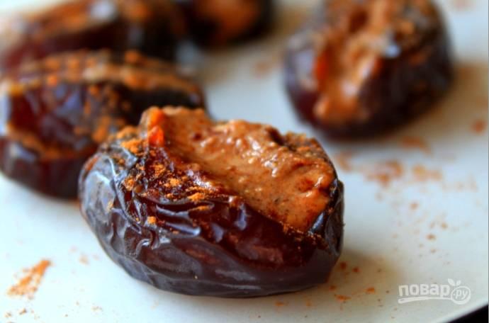 Ореховая паста с финиками