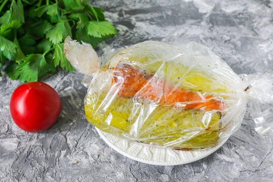 Запеченные овощи слегка остудите.