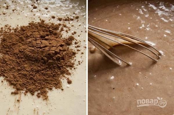 3. Всыпьте какао и ванилин.