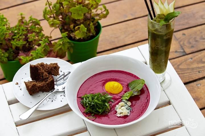 Суп со свеклой и щавелем