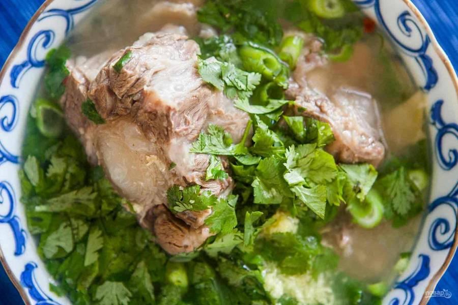 Пикантный суп из бычьих хвостов
