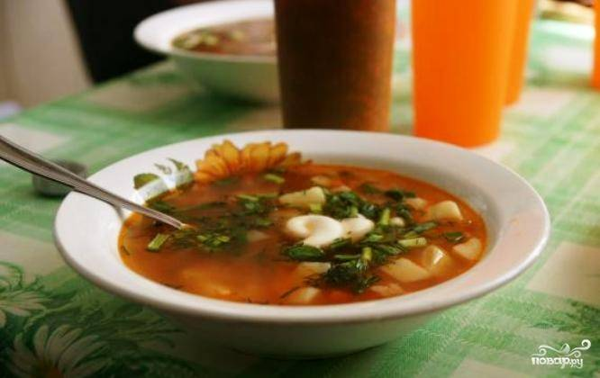Суп из фасоли в томатном соусе