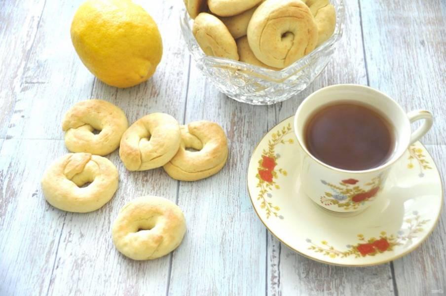 Наливайте душистый чай и зовите всех к столу. Приятного чаепития и душевных разговоров!