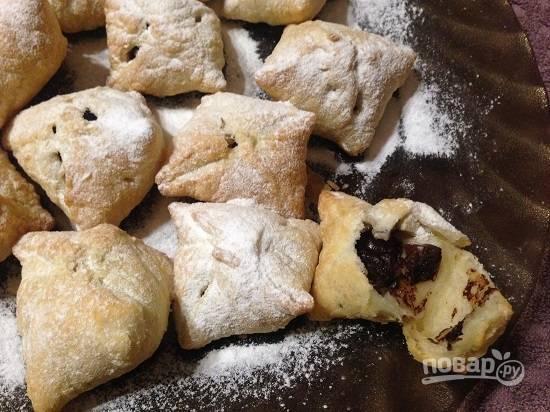 6. Такое печенье вкусное и в теплом, и в холодном виде. Когда оно еще теплое, шоколад внутри мягкий. Ну очень вкусно!