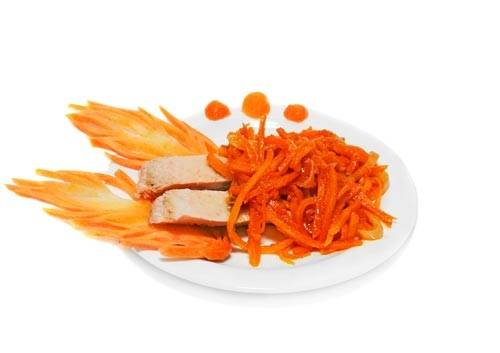 Остудите блюдо и уберите в холодильник. Подавайте холодным. Приятного аппетита!