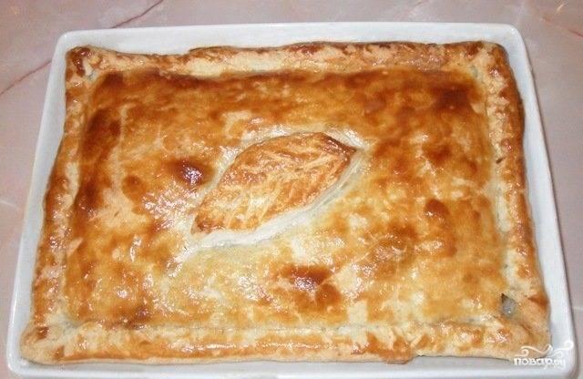 Пирог с мясом из слоеного дрожжевого теста