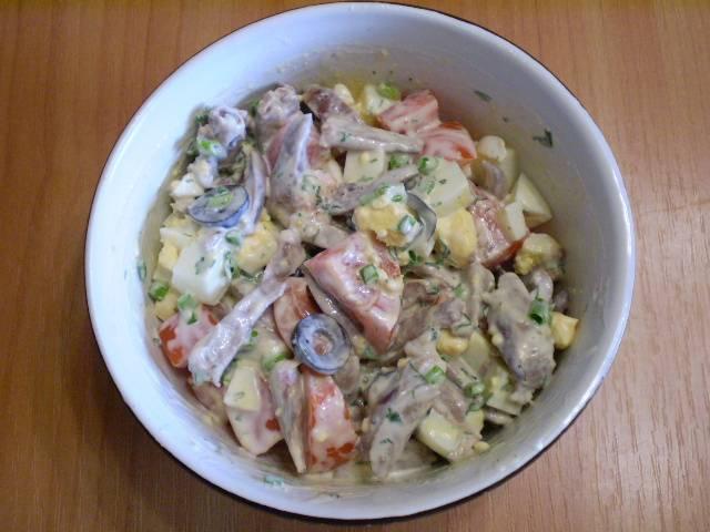 8. Салат готов. Приятного аппетита!