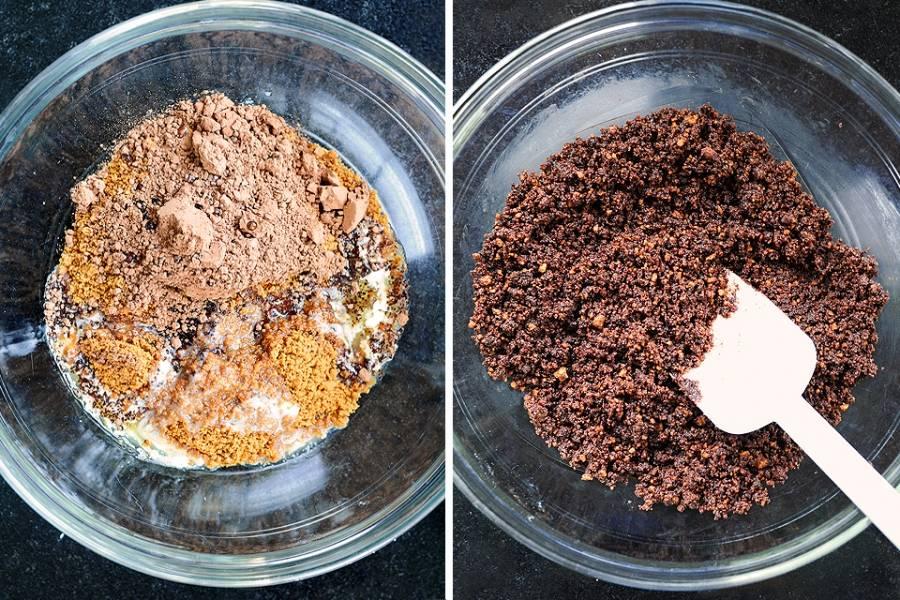 1. Рецепт приготовления шоколадного торта без выпечки навеян знаменитым чизкейком. Для начала нужно сделать основу - корж для торта. Сливочное масло необходимо растопить, а печенье измельчить с помощью блендера или молоточка. В глубокой миске соединить масло, крошку печенья и какао. Тщательно перемешать, чтобы масса стала однородной.