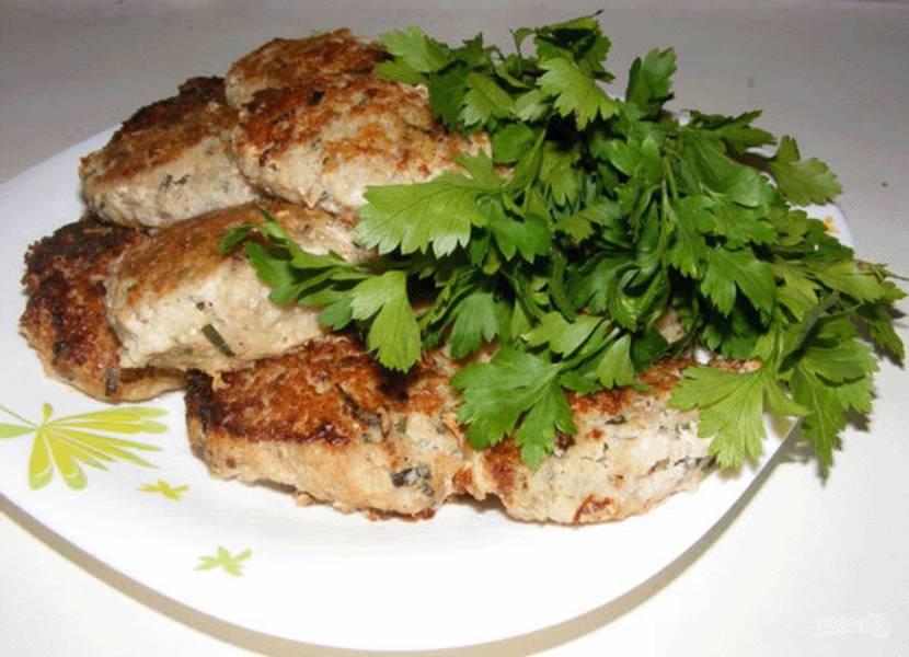 Вкусные рыбные котлеты из минтая