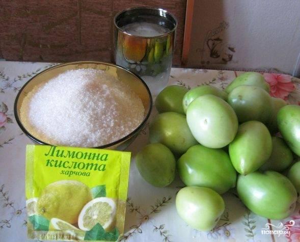 1. Если вы думаете, что из зеленых помидор получится несъедобное варенье - вы ошибаетесь. Этот удивительный рецепт я подсмотрела в одной кулинарной программе. Итак, подготовьте все продукты, отмерьте нужное количество сахара.