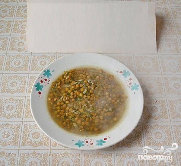 5.Похлебка очень быстро приготавливается,  во время подачи можно добавлять измельченный чеснок или  свежую зелень петрушки.