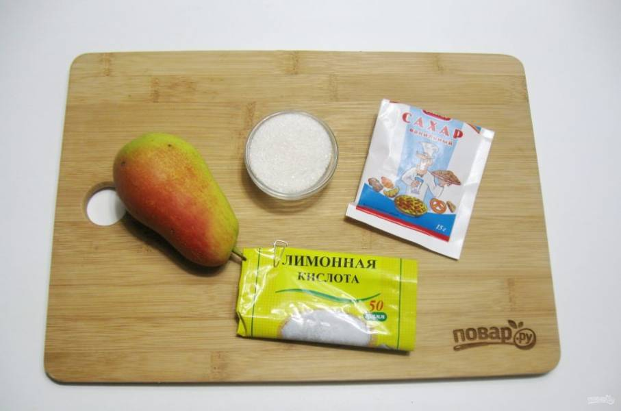 Подготовьте ингредиенты для приготовления консервированных груш в сиропе.