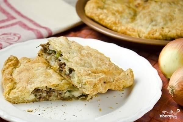 Греческий пирог с брынзой и мясом