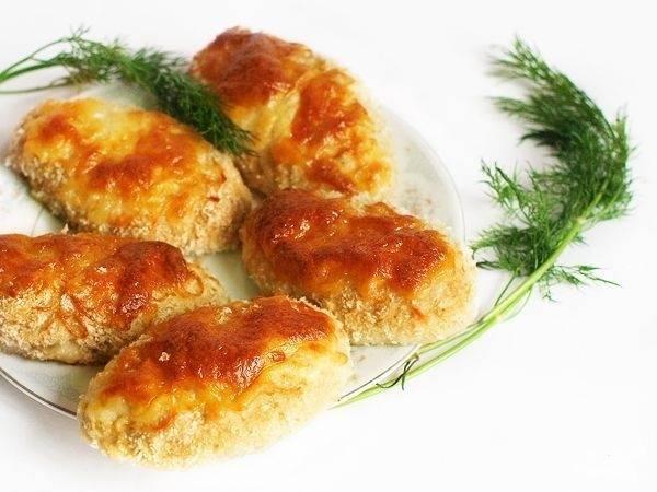 8.Котлеты с сыром готовы, можно подавать к столу! Приятного аппетита!