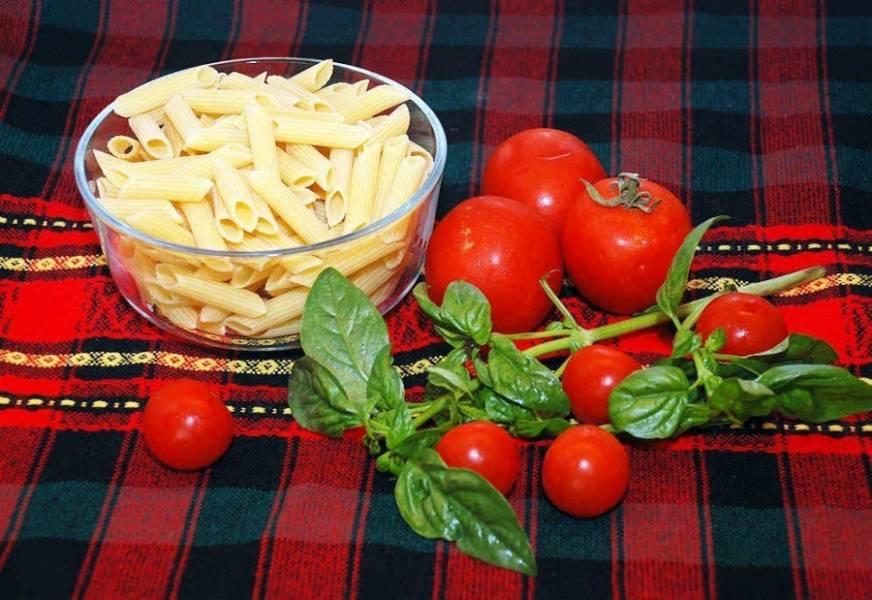 """1. Готовить соус """"Барилла"""" — одно удовольствие. Любители зелени особенно оценят этот соус. Он подходит для макаронных изделий."""