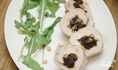 В разогретой до 180-190 градусов духовке выпекайте блюдо в течении 30-35 минут. Приятного аппетита!