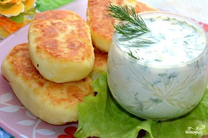 Картофельные котлеты с фаршем в духовке