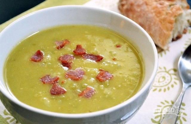 Гороховый суп-пюре с беконом и картофелем