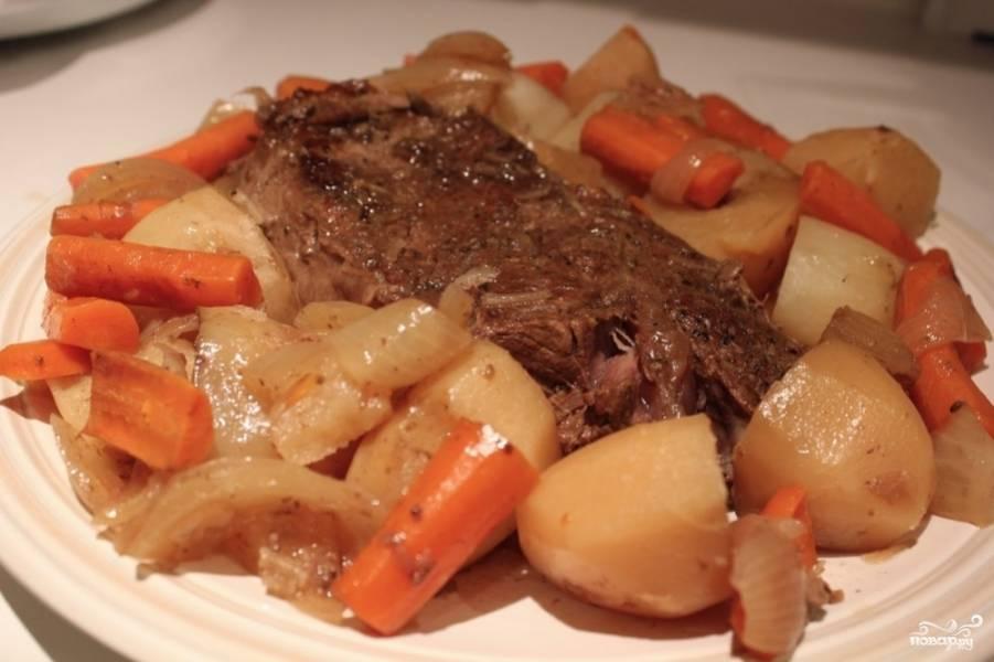 5. Приготовьте любимый соус и подавайте жаркое. Приятного аппетита! Жаркое в казане готово!