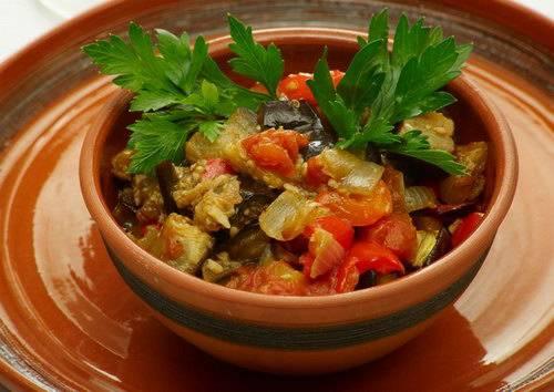6. При подаче можно украсить блюдо зеленью. Приятного аппетита!