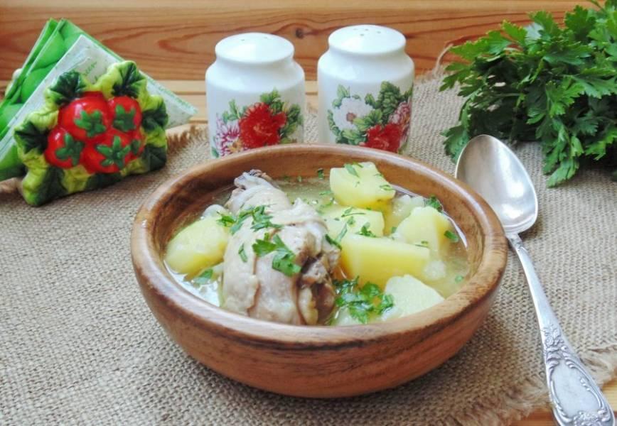 "Суп ""Бозартма"" из курицы готов. Приятного аппетита!"